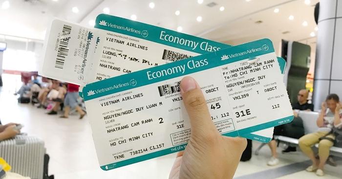Đổi tên vé máy bay Vietnam Airlines có khó không?
